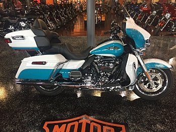 2017 Harley-Davidson Touring for sale 200480052