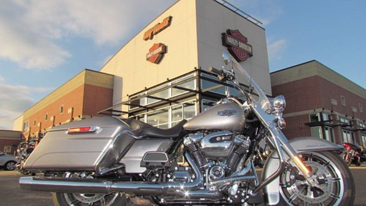 2017 Harley-Davidson Touring Road King for sale 200551723