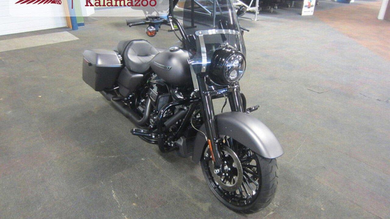2017 Harley-Davidson Touring for sale near Kalamazoo, Michigan 49009