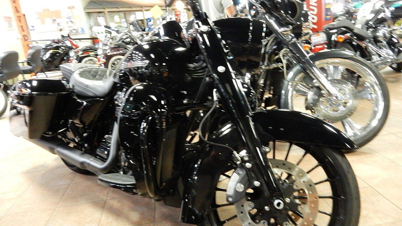 2017 Harley-Davidson Touring for sale 200594232