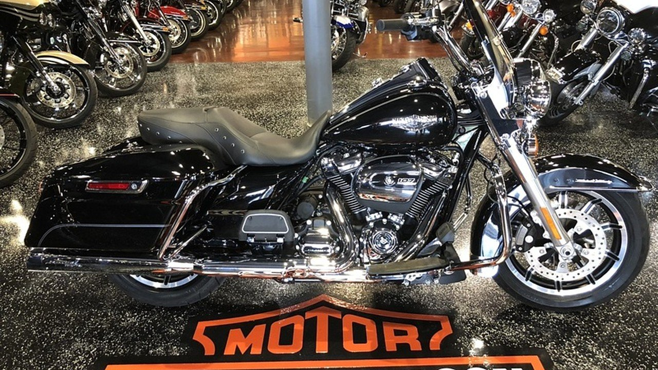 2017 Harley-Davidson Touring for sale 200609099