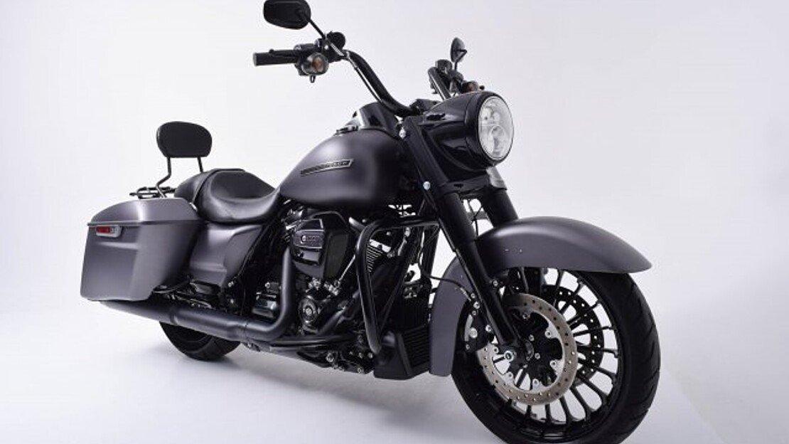 2017 Harley-Davidson Touring for sale 200623098