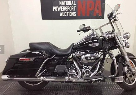 2017 Harley-Davidson Touring for sale 200581100