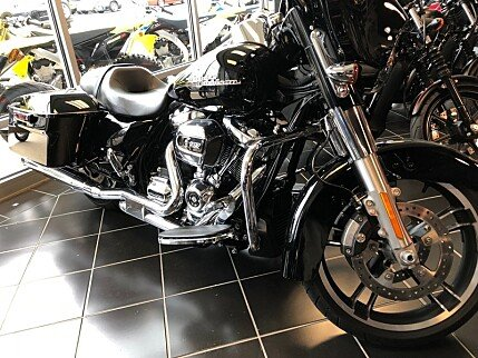 2017 Harley-Davidson Touring for sale 200581878