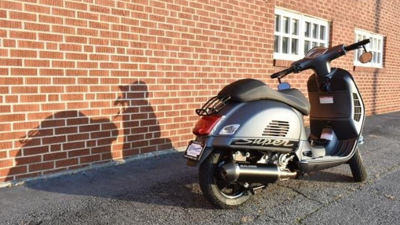 2017 Vespa GTS 300 for sale 200480254