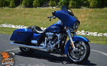 2017 harley-davidson Touring Street Glide for sale 200626975