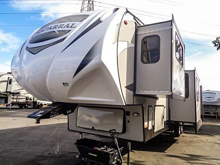 2018 Coachmen Chaparral for sale 300146346