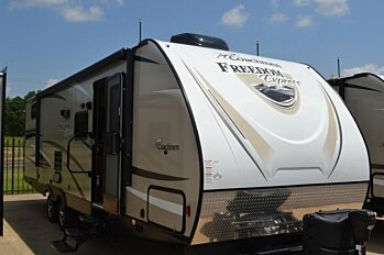 2018 Coachmen Freedom Express 292BHDS for sale 300172879