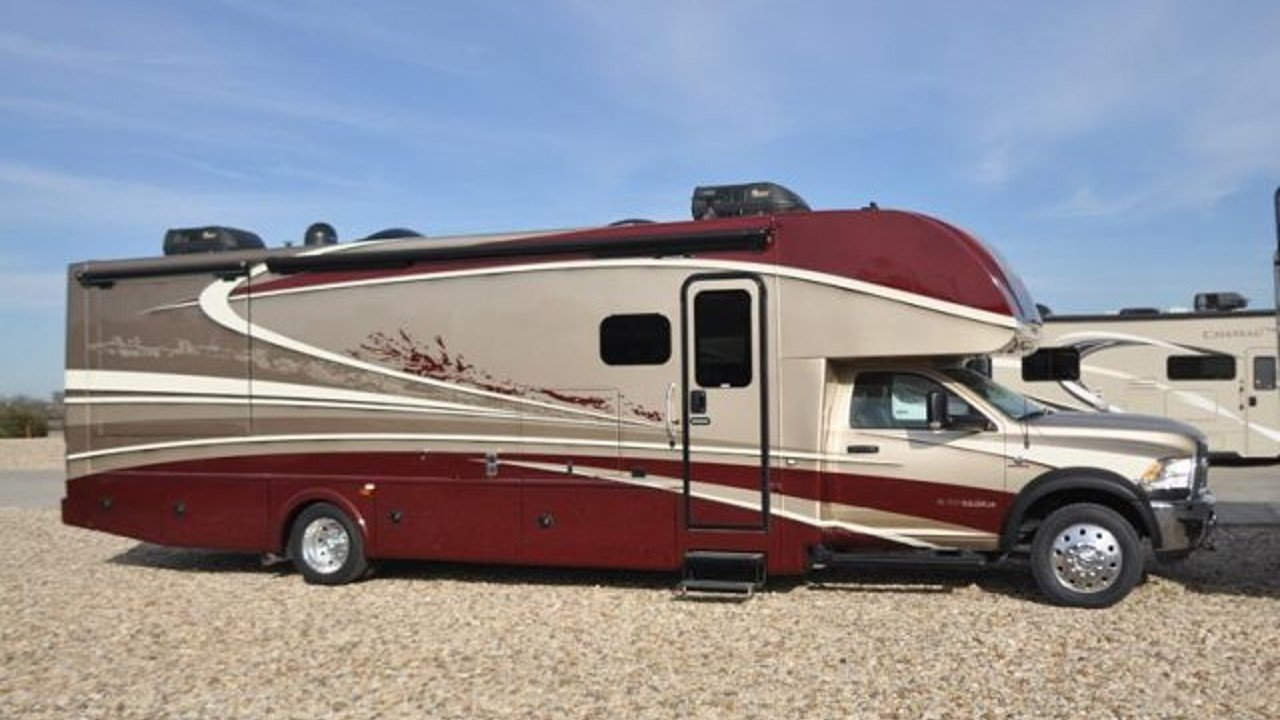 2018 Dynamax Isata for sale 300158899
