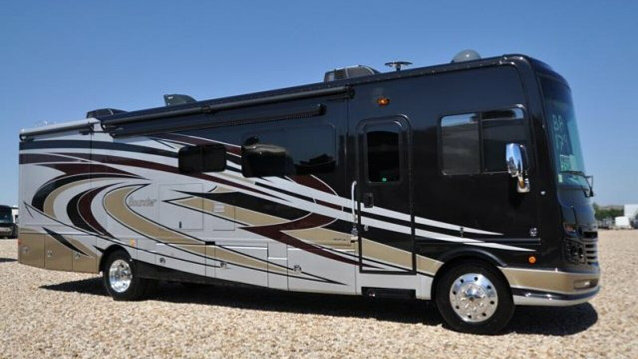 2018 Fleetwood Bounder for sale 300133551