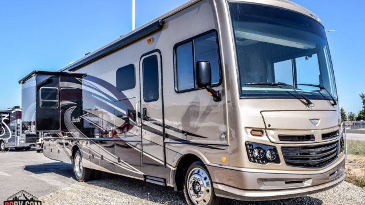 2018 Fleetwood Bounder for sale 300140358