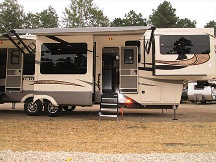 2018 Grand Design Solitude for sale 300158345