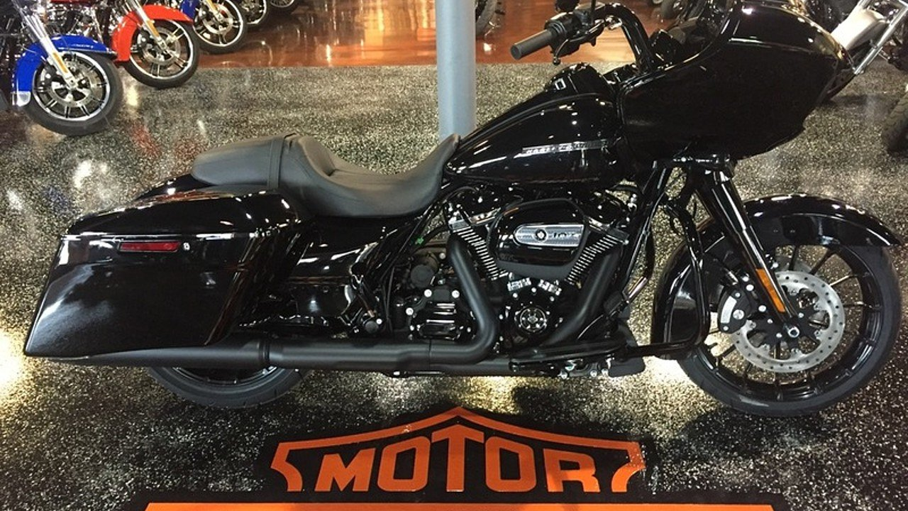 2018 Harley-Davidson Touring for sale 200491145
