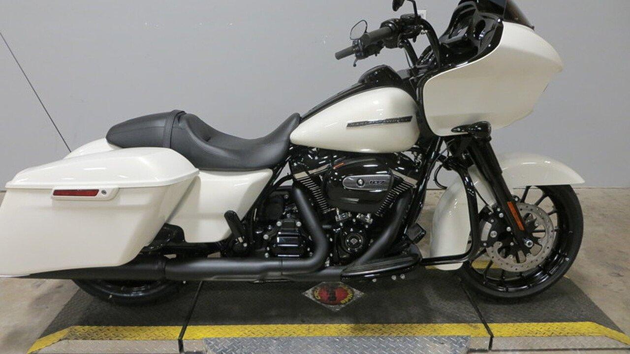 2018 Harley-Davidson Touring for sale 200496683