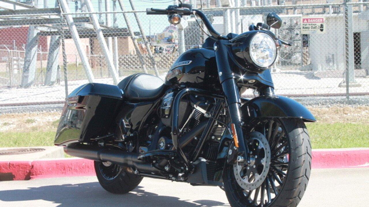 2018 Harley-Davidson Touring for sale 200502903