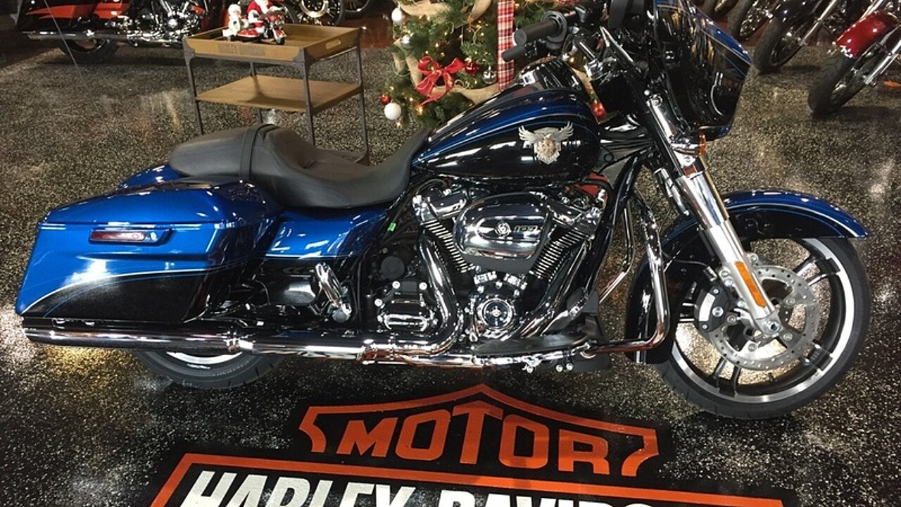 2018 Harley-Davidson Touring for sale 200515037