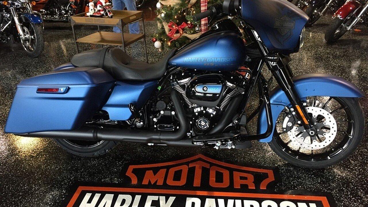 2018 Harley-Davidson Touring for sale 200515038