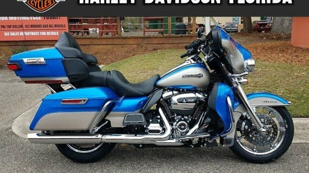 2018 Harley-Davidson Touring for sale 200521805