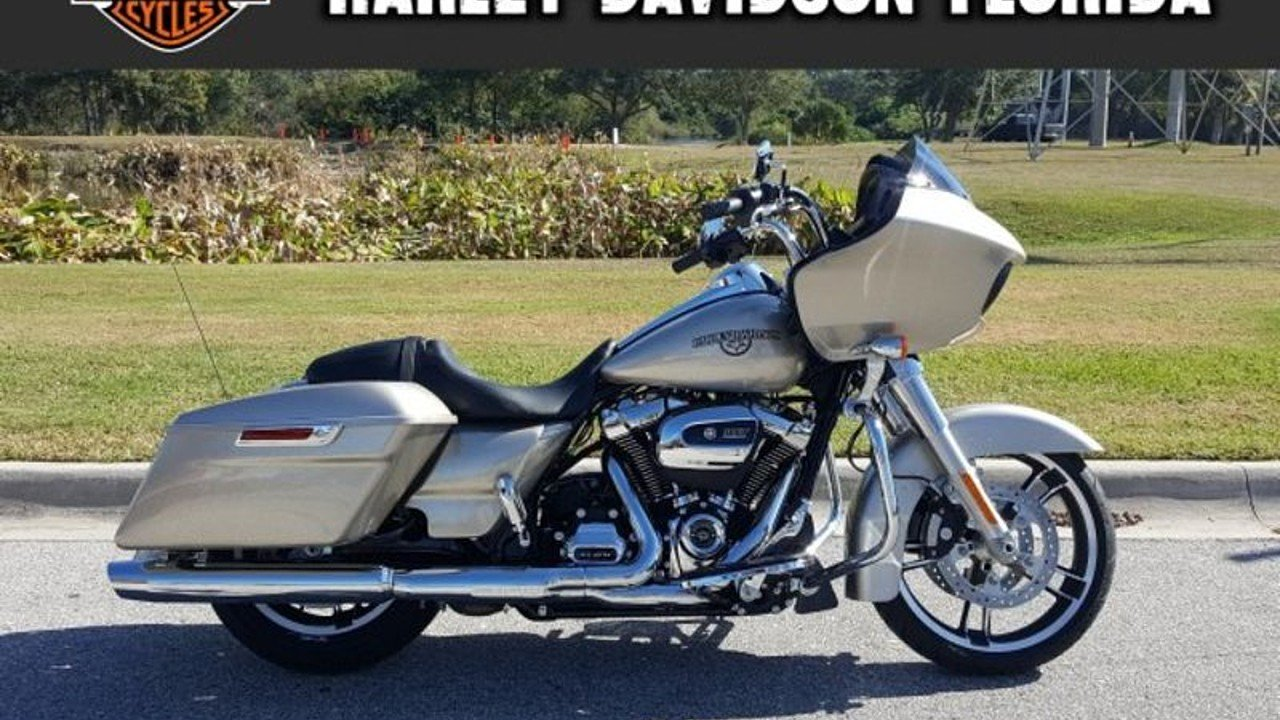2018 Harley-Davidson Touring for sale 200523436