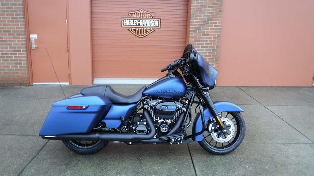 2018 Harley-Davidson Touring for sale 200525694
