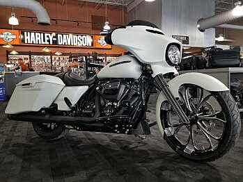 2018 Harley-Davidson Touring for sale 200527021