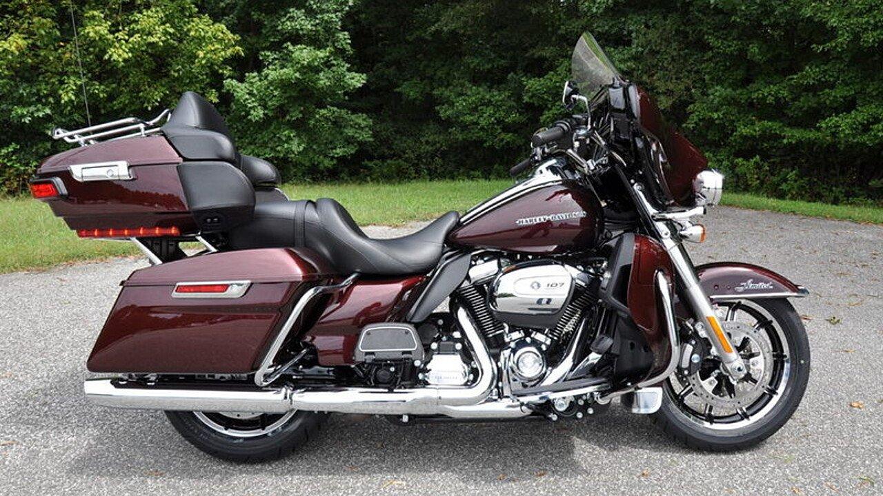 2018 Harley-Davidson Touring for sale 200563333