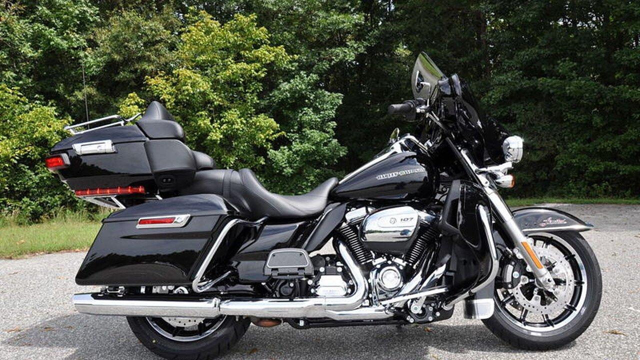 2018 Harley-Davidson Touring for sale 200563337