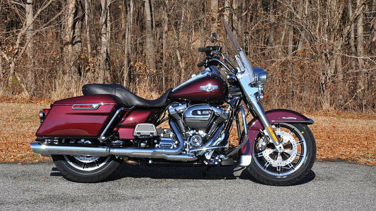 2018 Harley-Davidson Touring for sale 200563379