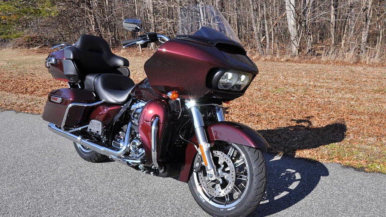 2018 Harley-Davidson Touring for sale 200563384