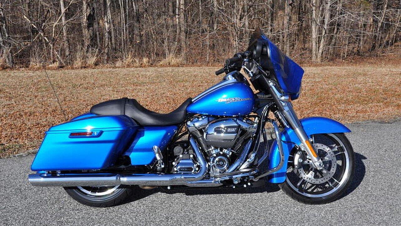 2018 Harley-Davidson Touring for sale 200563389