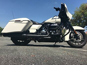 2018 Harley-Davidson Touring for sale 200624034