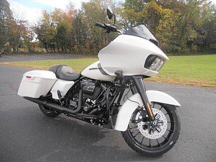 2018 Harley-Davidson Touring for sale 200534114