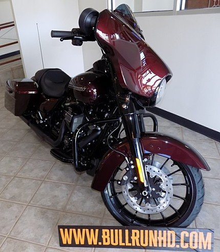 2018 Harley-Davidson Touring for sale 200609532