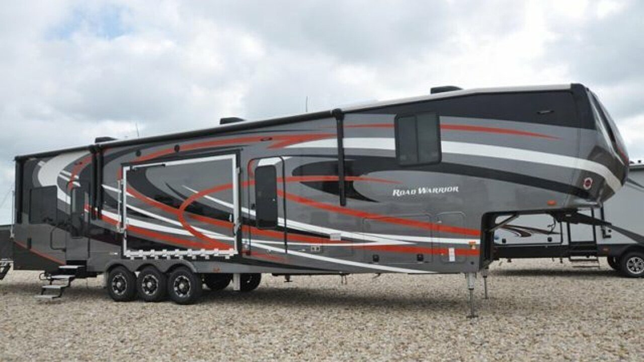 2018 Heartland Road Warrior for sale 300140856