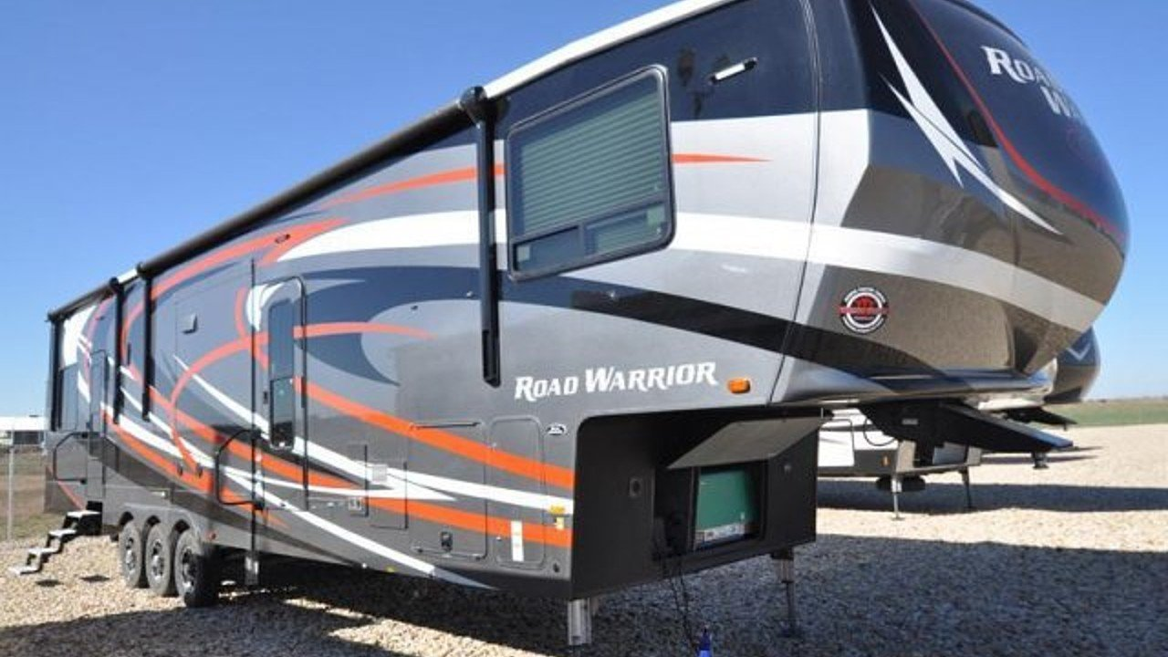 2018 Heartland Road Warrior for sale 300142556