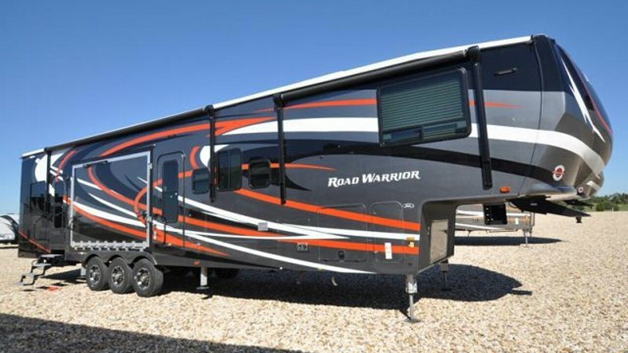 2018 Heartland Road Warrior for sale 300142561