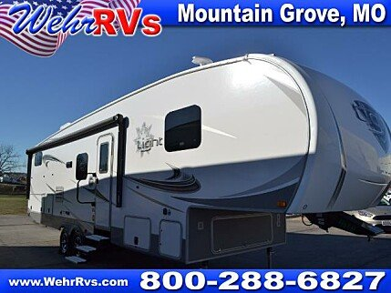 2018 Highland Ridge Light for sale 300152470
