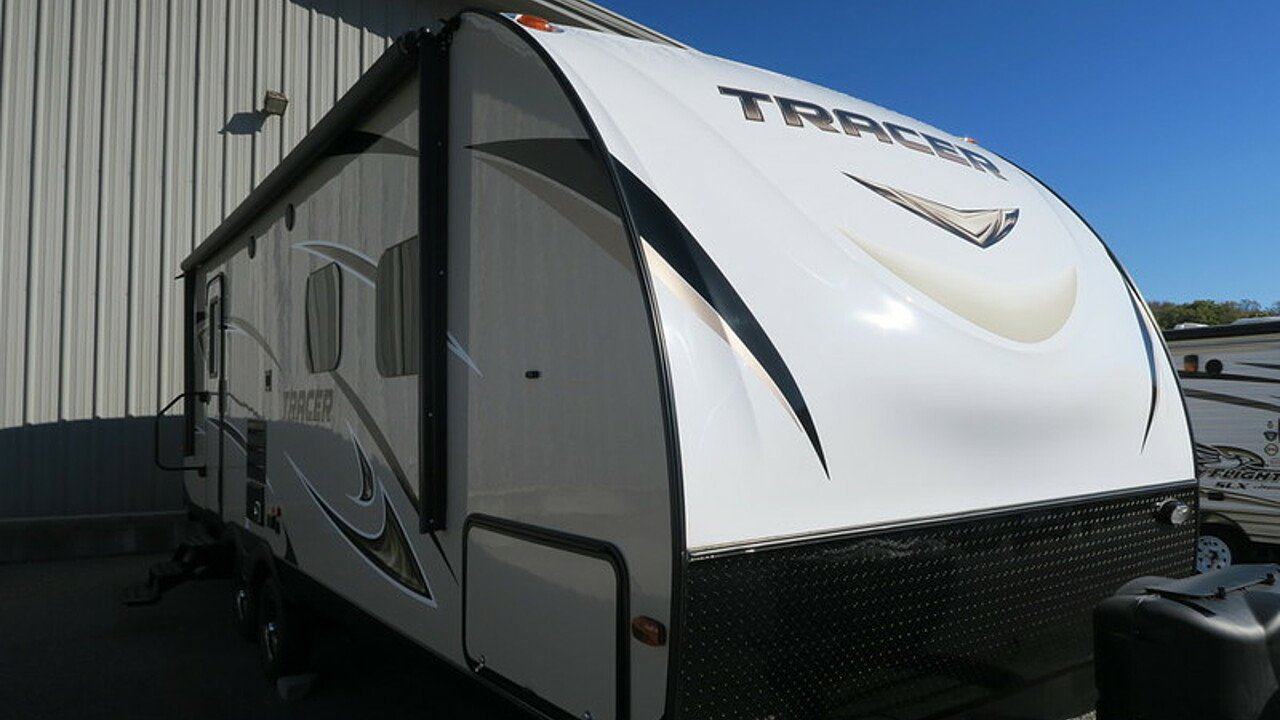 2018 Prime Time Manufacturing Tracer for sale 300147485