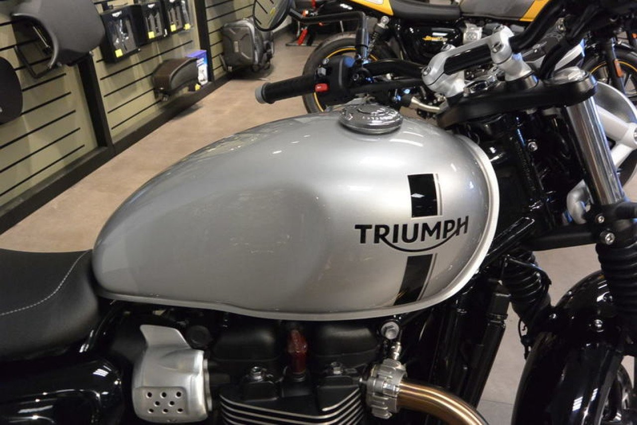 Honda Motorcycles Concord Nc >> 2018 Triumph Street Twin for sale near Concord, North Carolina 28027 - Motorcycles on Autotrader