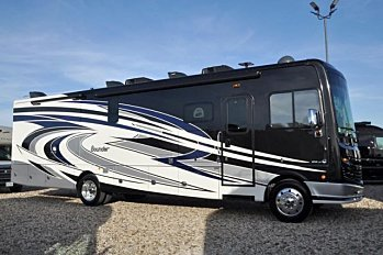 2018 fleetwood Bounder for sale 300147579