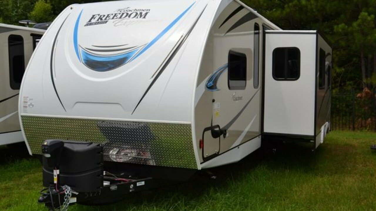 2019 Coachmen Freedom Express for sale 300173158