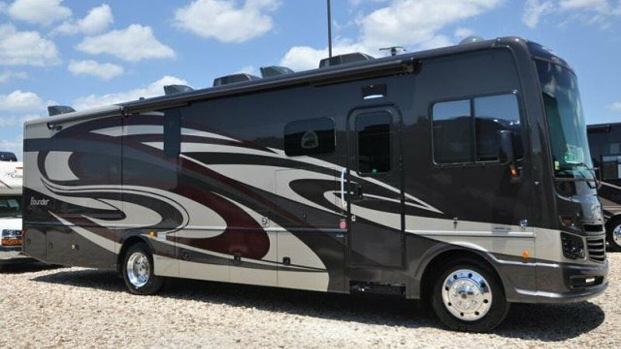 2019 Fleetwood Bounder for sale 300165346