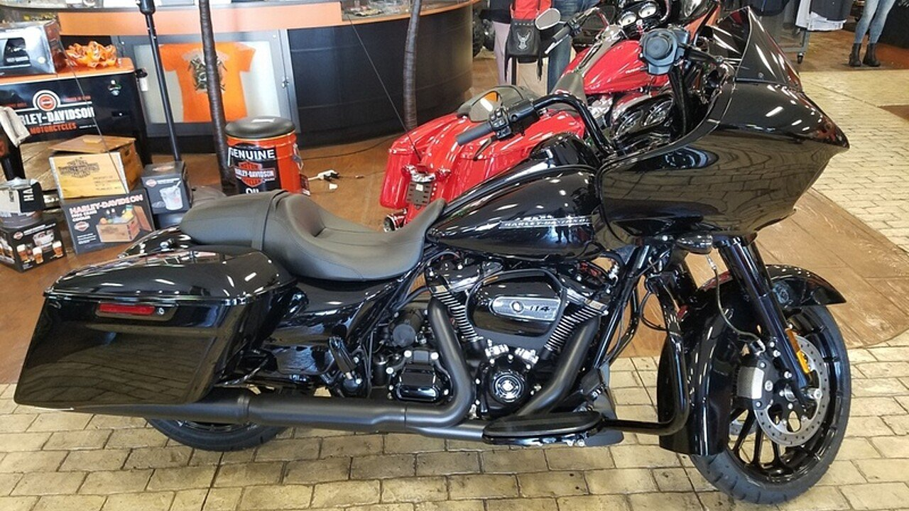 2019 Harley-Davidson Touring for sale 200621805
