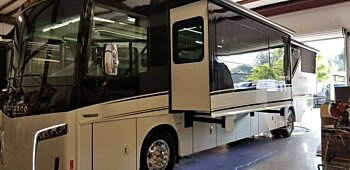 2019 Winnebago Horizon for sale 300167550