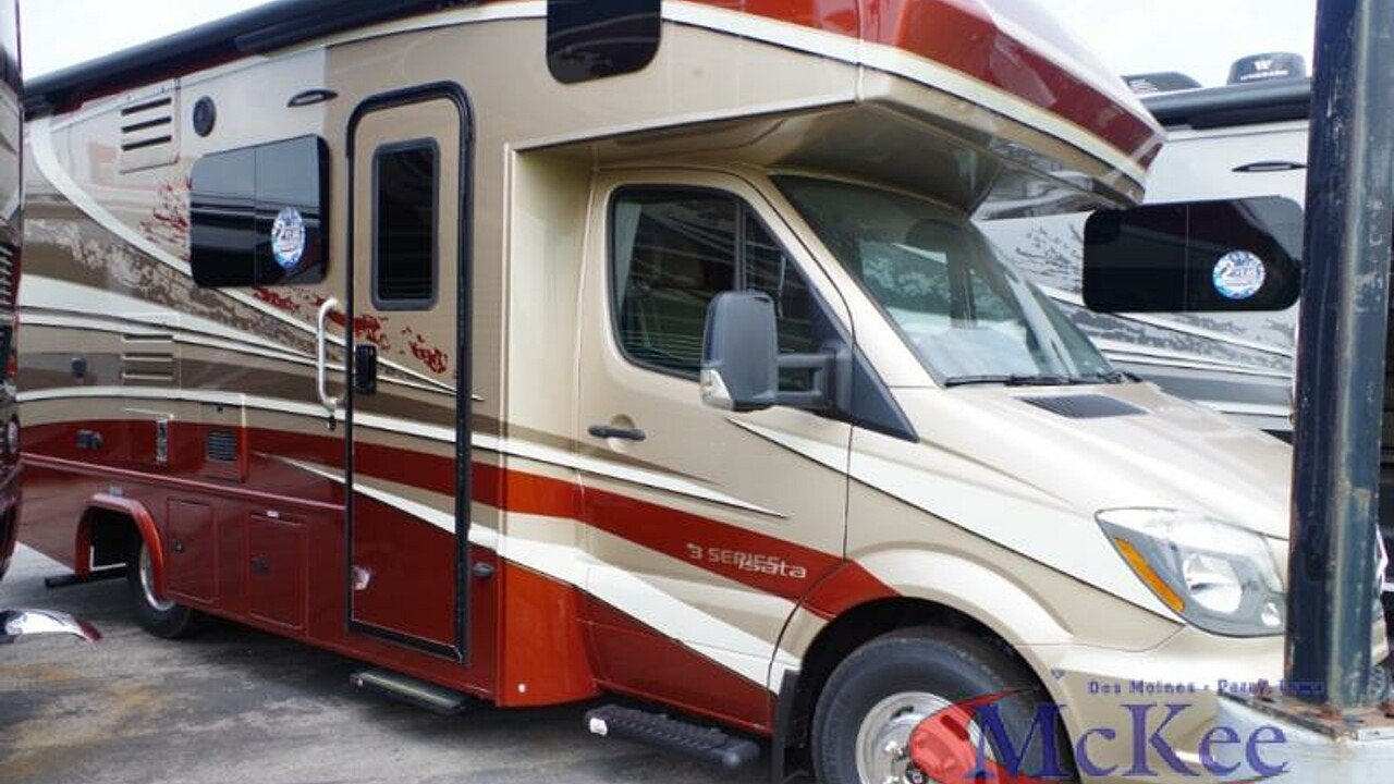 2019 dynamax Isata for sale 300173715